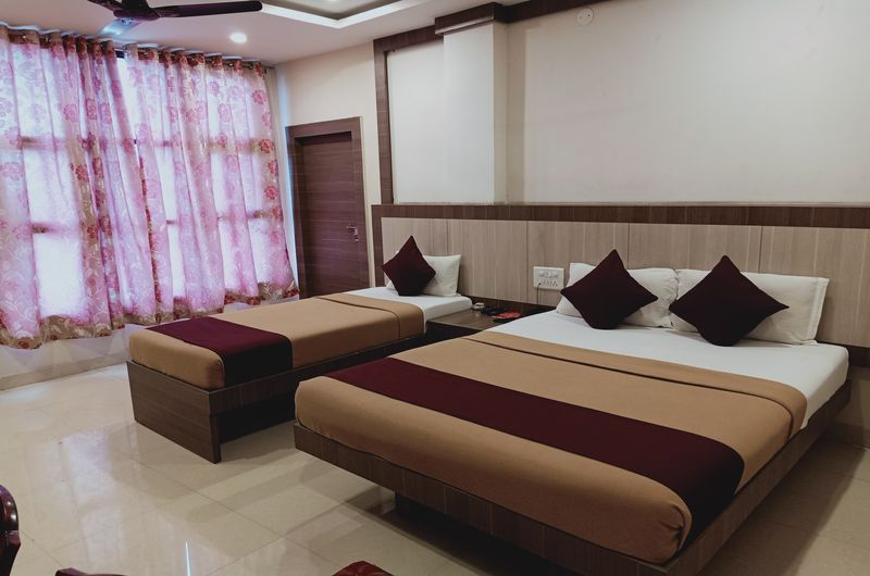 Hotel Neem Tree- Triple Bed Non AC-4