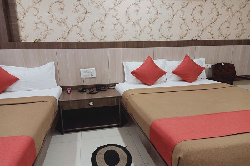 Hotel Neem Tree- Triple Bed Non AC-7